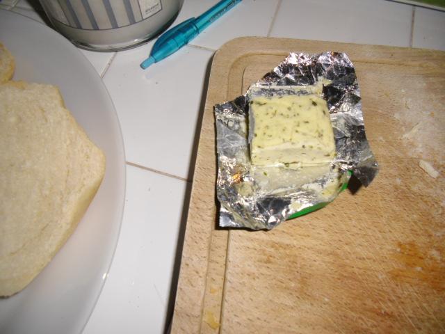 burro all'aglio e erbe
